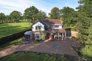 4 Bedrooms House for sale in Davenport Lane, Mobberley, Knutsford, Cheshire