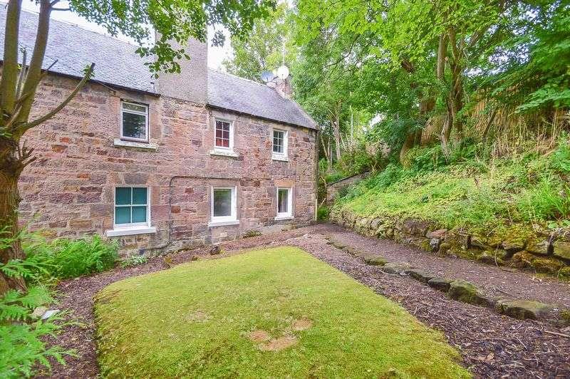 1 Bedroom Flat for sale in 25 The Brae, Auchendinny, Penicuik, Midlothian, EH26 0QU