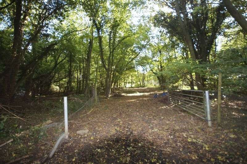 Land Commercial for sale in Prestwood