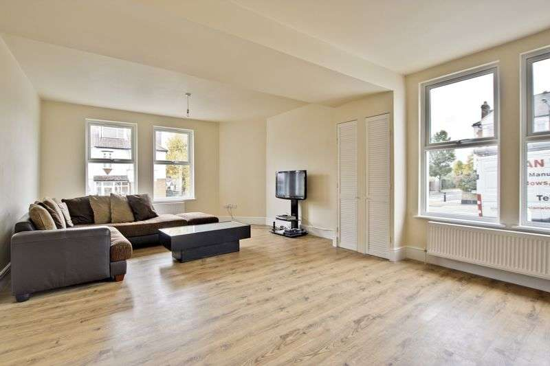 3 Bedrooms House for sale in Wyndcliff Road, Charlton