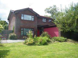 4 Bedrooms Detached House for sale in Beauty Bank, Darnhall, Winsford, Cheshire, CW7