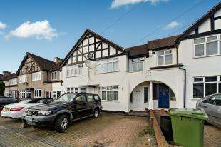 3 Bedrooms Terraced House for sale in Sunray Avenue, Bromley, Kent, England