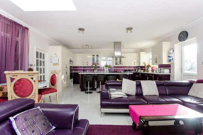 7 Bedrooms House for sale in Norbury Avenue, Streatham, SW16