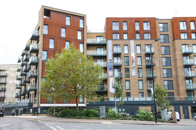 1 Bedroom Flat for sale in Marine Wharf East, Canary Point, Surrey Quays