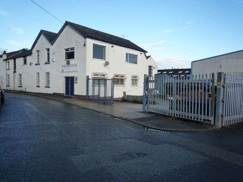 Property for sale in FOR SALE Russell Street, Heywood. OL10 1NX -
