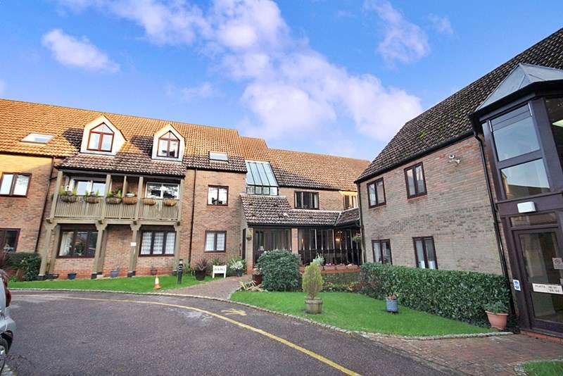 2 Bedrooms Retirement Property for sale in Rufus Court, Lyndhurst, SO43 7ER