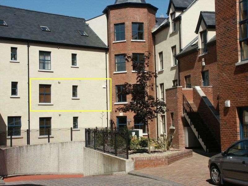 2 Bedrooms Flat for sale in First Floor Apartment