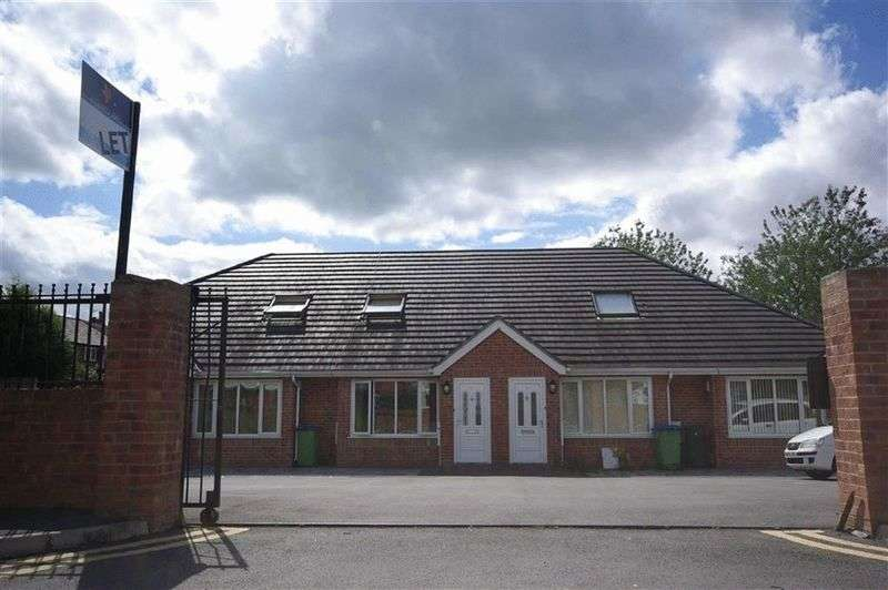 3 Bedrooms Bungalow for sale in Norfolk Gardens, Heywood