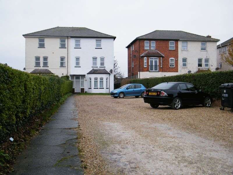 Flat for sale in North Parade Extension, Skegness, Lincs, PE25 1DQ