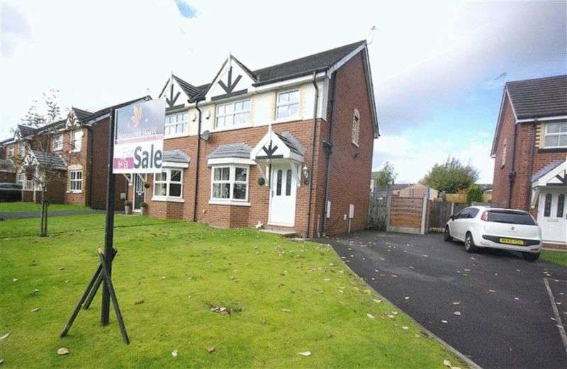 3 Bedrooms Semi Detached House for sale in Pleasant Street, Rochdale