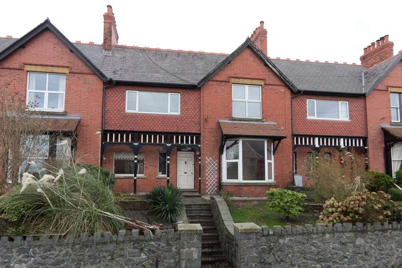 4 Bedrooms Terraced House for sale in St. Davids Terrace, Penmaenmawr, Conway, LL34