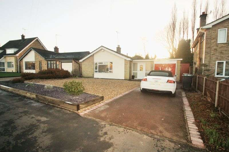 3 Bedrooms Detached Bungalow for sale in Abbotts Oak Drive, Coalville