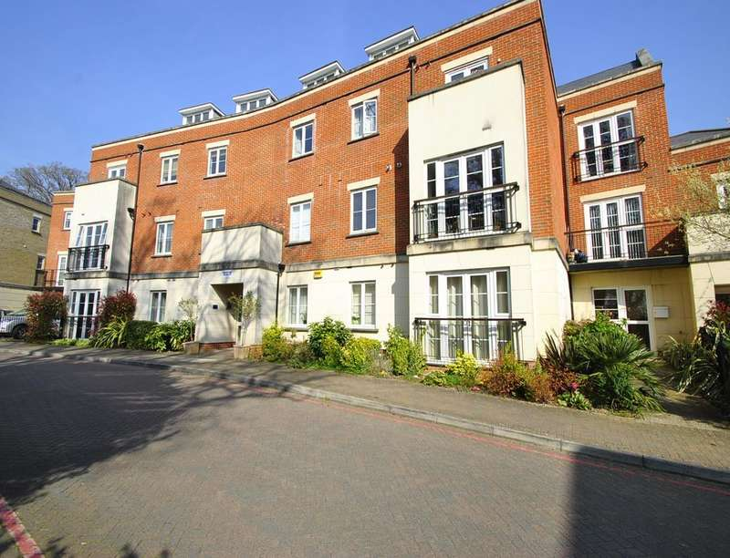 2 Bedrooms Flat for sale in Providence Park, Southampton, SO16