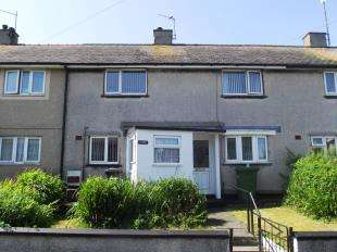 3 Bedrooms Terraced House for sale in Marchog, Holyhead, Sir Ynys Mon, LL65