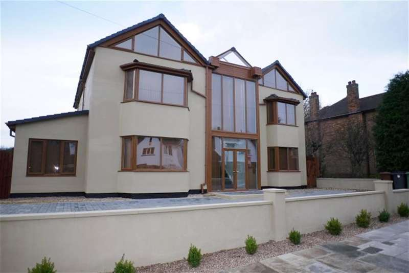 6 Bedrooms Detached House for sale in Woodhall Park Avenue, LS28