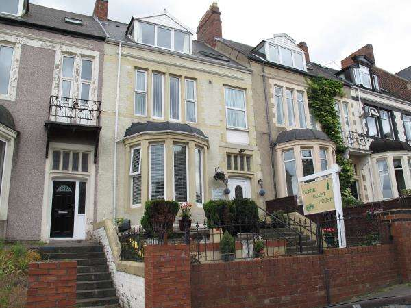 7 Bedrooms Terraced House for sale in Lawe Road, South Shields