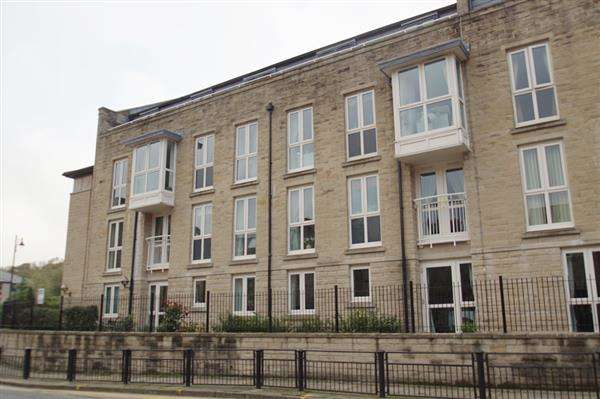 2 Bedrooms Apartment Flat for sale in Warburton Court, Uppermill