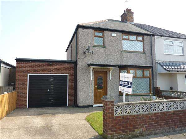 3 Bedrooms Semi Detached House for sale in KELHAM ROAD, GRIMSBY