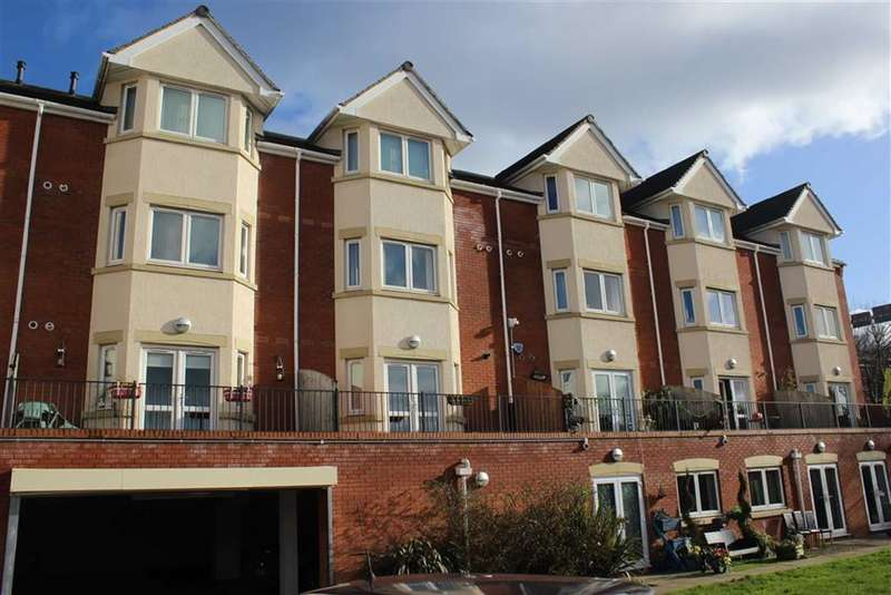 1 Bedroom Property for sale in Hewell Road, Redditch, Worcestershire, B97