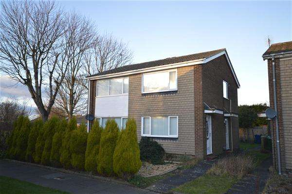 2 Bedrooms Apartment Flat for sale in Wansford Way, Whickham