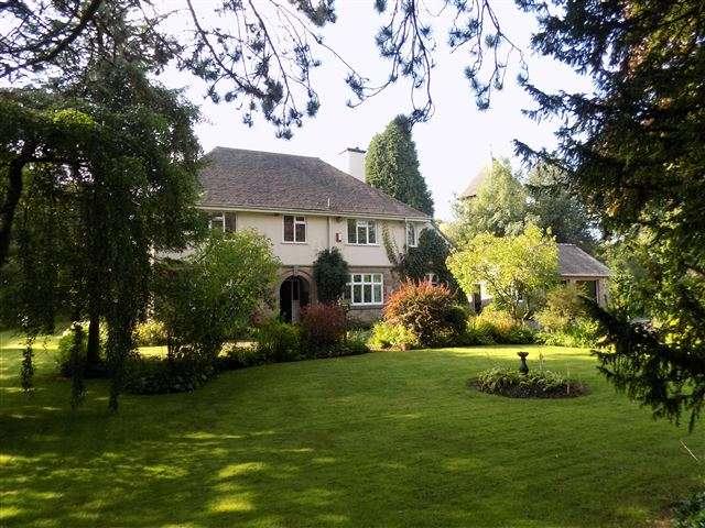 4 Bedrooms Detached House for sale in Meerbrook, Near Leek, Staffordshire, ST13 8SJ