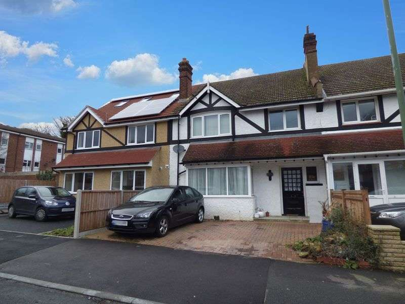 4 Bedrooms Terraced House for sale in Ross Road, WALLINGTON SM6 8QP
