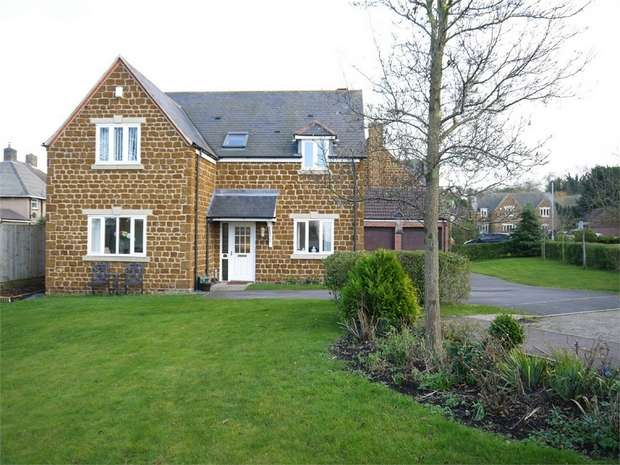 4 Bedrooms Detached House for sale in Glover Court, Middleton, Market Harborough, Northamptonshire