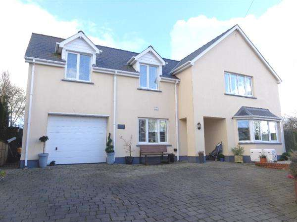 4 Bedrooms Detached House for sale in Jasmine House,, High Street, St. Florence