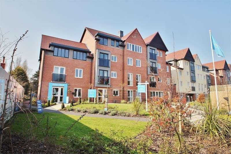 2 Bedrooms Flat for sale in Cambridge Road