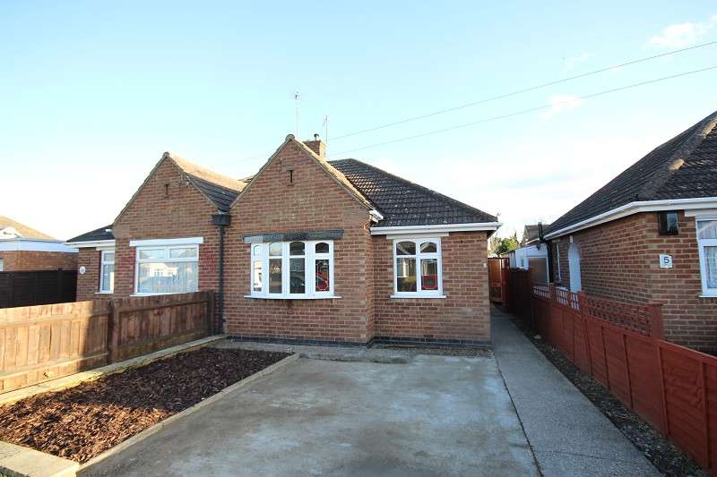 2 Bedrooms Semi Detached House for sale in Lorraine Crescent, Northampton, Northamptonshire. NN3 6HW