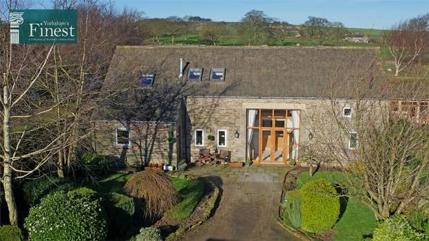 4 Bedrooms Barn Conversion Character Property for sale in Stocks Lane, Stocksmoor, HUDDERSFIELD, West Yorkshire