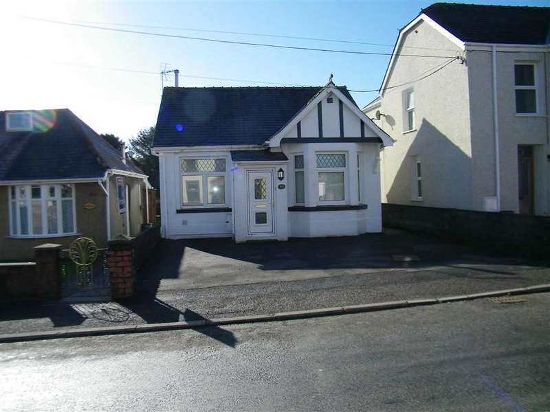 2 Bedrooms Property for sale in Tycroes Road, Tycroes
