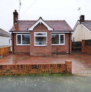 3 Bedrooms Bungalow for sale in Woodside Road, Blacon, Chester, Cheshire, CH1