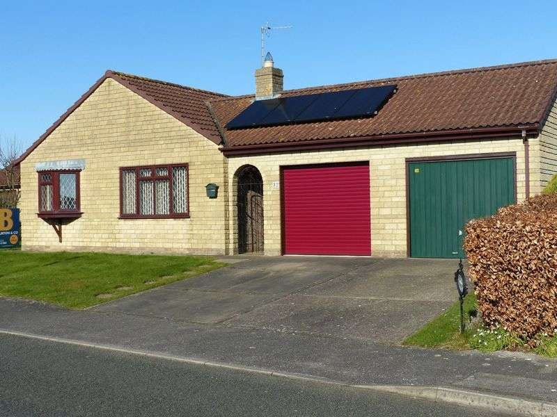 3 Bedrooms Detached Bungalow for sale in Ermine Drive, Navenby