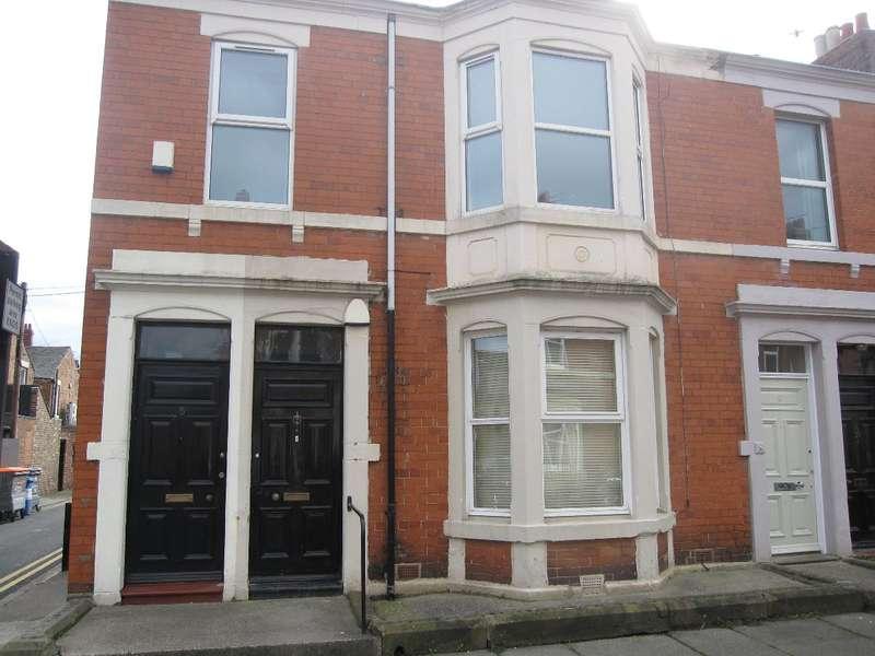 3 Bedrooms Flat for rent in Tavistock Road, Jesmond