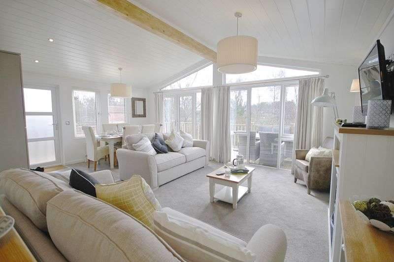3 Bedrooms Property for sale in Warmwell, Dorchester, DT2