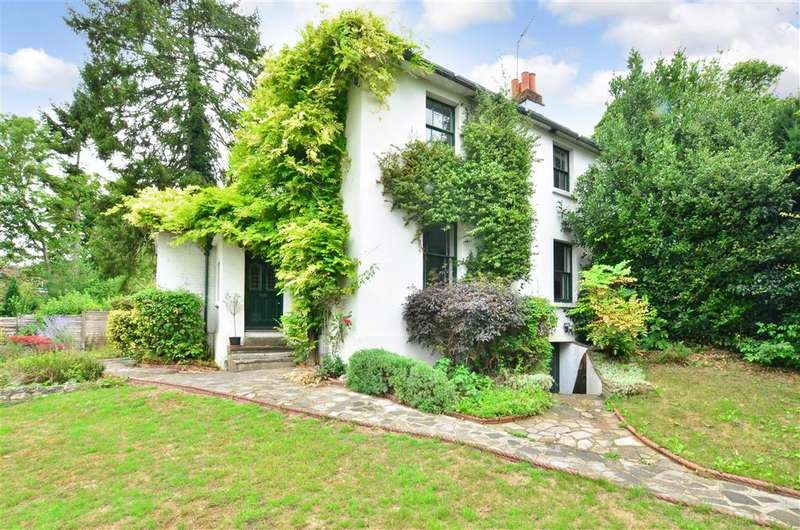 3 Bedrooms Semi Detached House for sale in Reigate Hill, Reigate, Surrey