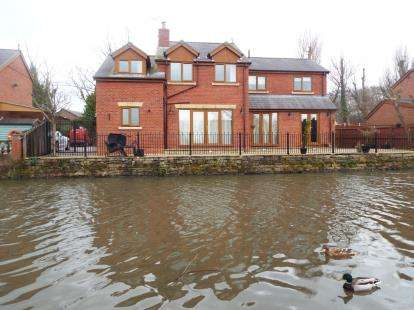 3 Bedrooms Detached House for sale in Alexander Wharf, Liverpool, Merseyside, L31