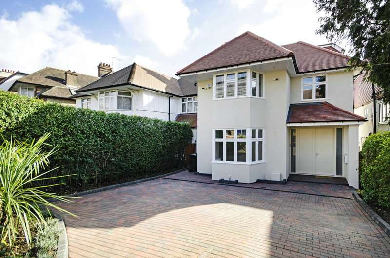 5 Bedrooms Semi Detached House for sale in The Vale, Golders Green, NW11