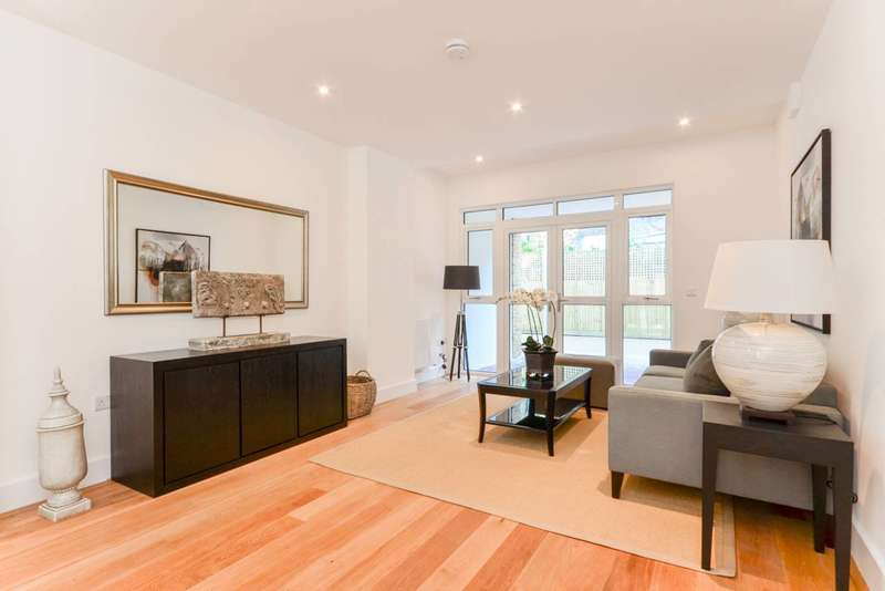 3 Bedrooms House for sale in Pickle Mews, Oval, SW9