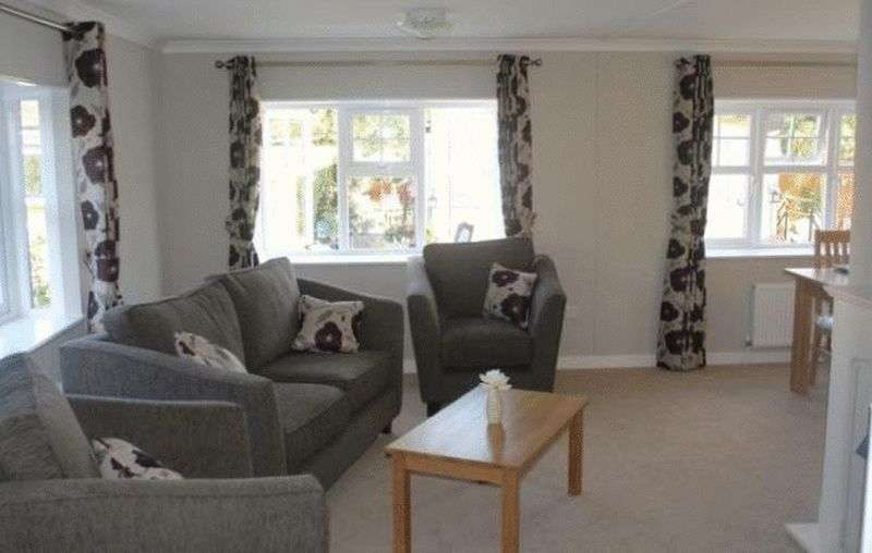 2 Bedrooms Bungalow for sale in Two Bed Omar Tudor (40 x 20)