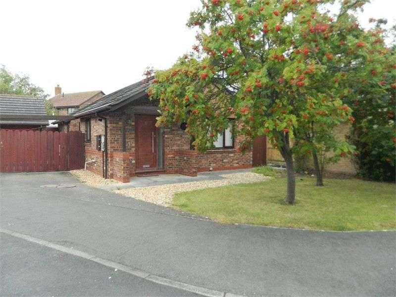 2 Bedrooms Detached Bungalow for sale in Trem Yr Harbwr, Kinmel Bay