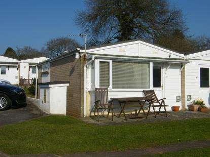 2 Bedrooms Bungalow for sale in Galmpton, Brixham, Devon