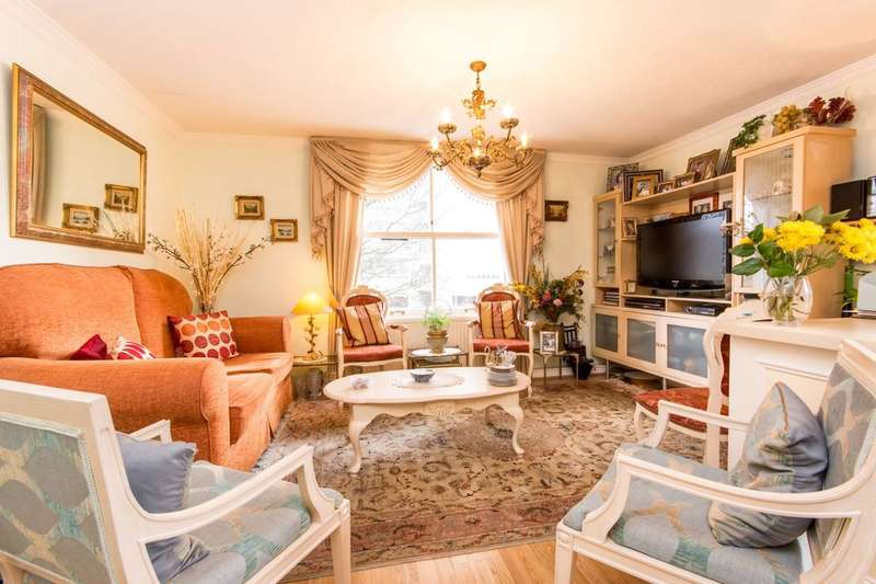 2 Bedrooms Flat for sale in Lanark Road, Maida Vale, W9