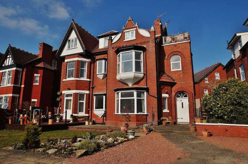 1 Bedroom Flat for sale in Lathom Road, Southport