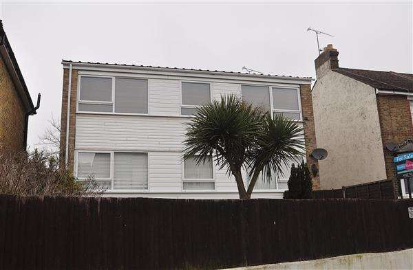 2 Bedrooms Apartment Flat for sale in Maidstone, ME16