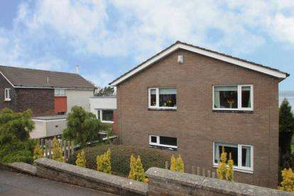 4 Bedrooms Detached House for sale in Duthie Road, Gourock