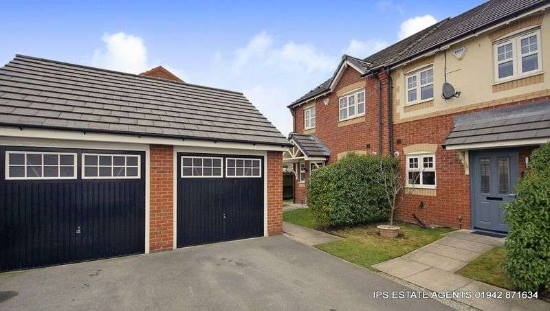 2 Bedrooms Semi Detached House for sale in Bag Lane,Atherton ( Blakemore Park ) M46 0LH