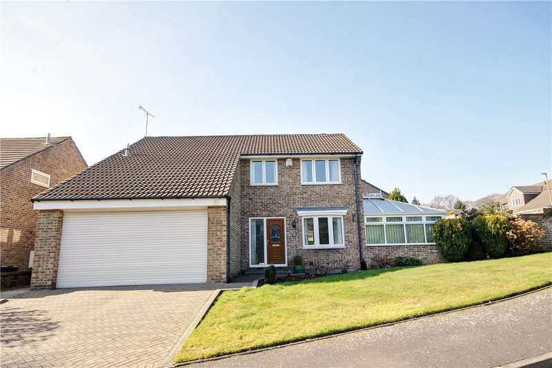 4 Bedrooms Detached House for sale in Longdean Park, Chester Le Street, Co Durham, DH3