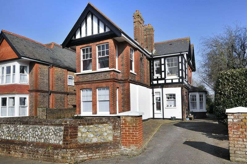 1 Bedroom Flat for sale in Shakespeare Road, Worthing